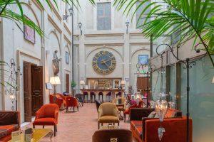 Grand Hotel Bar